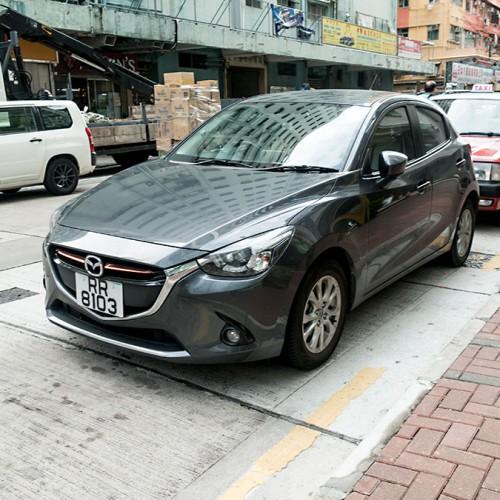 v香港は左側通行で日本車天国