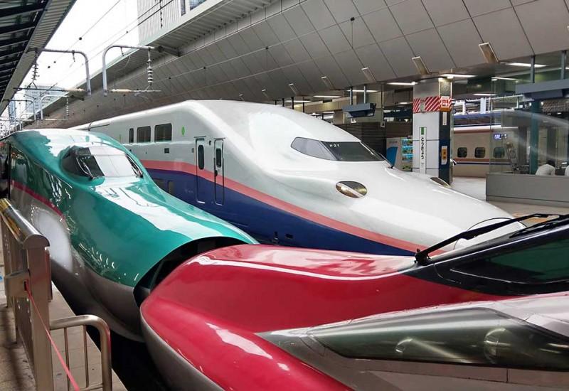 最速新幹線「こまち」